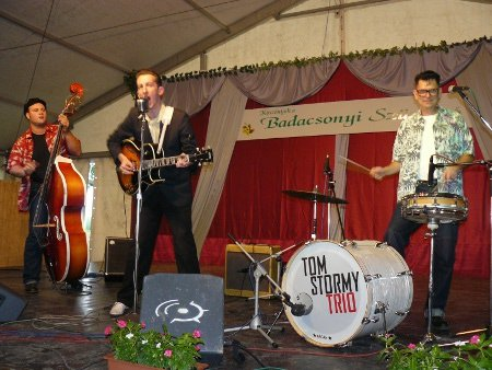 Tom Stormy trio